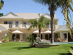 Constantia Valley Lodge is a newly renovated, luxury 4 star Guest House.