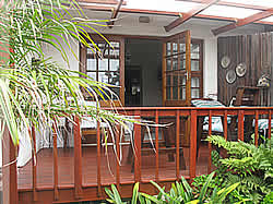 Stokkiesdraai Garden Cottage, just 80 meters from the sea