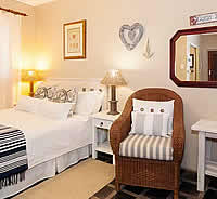 Kaliza's Place offers Three Star B&B accommodation with a self-catering accommodation as an option